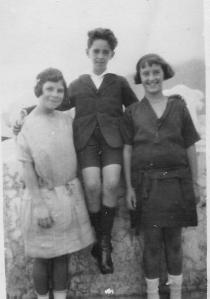 María Antonieta, Pedro Machado y María Lola Casañas